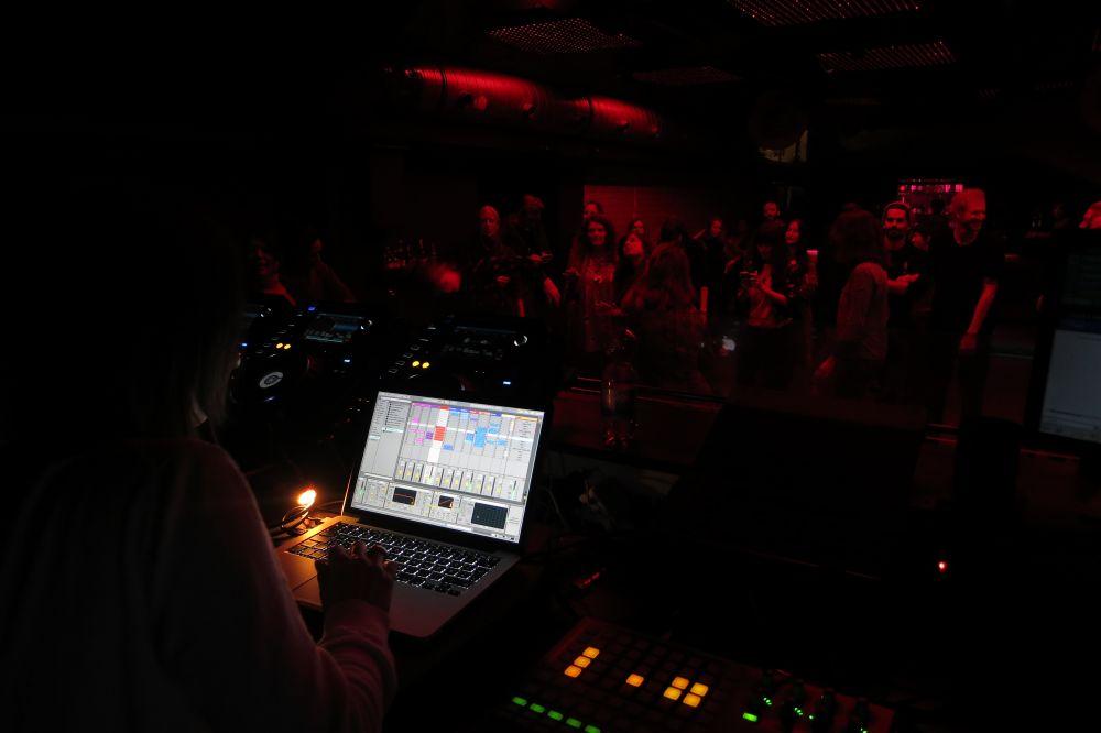 2016-041-remix-reg-basic